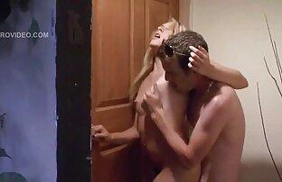 男は彼の配偶者と一緒に引っ張るために彼の仲間を訪問するように呼ばれる 女の子 の ため の h 動画 無料