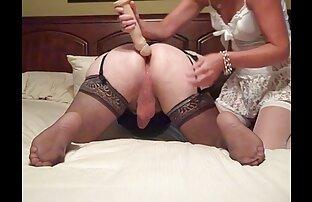 ふしだらな女と巨乳作品主婦とストリップオンザ床とともにbrüおっぱい セックス 女性 動画 無料