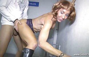 巨根を持つ男はジューシーな後にアナルセックスでストッキングでメイドを焙煎。 エッチ 動画 女性 無料